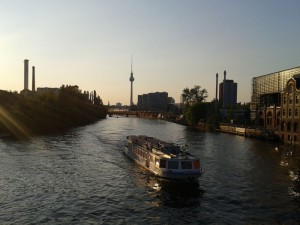 Blick von der Schillingbrücke_Berlin