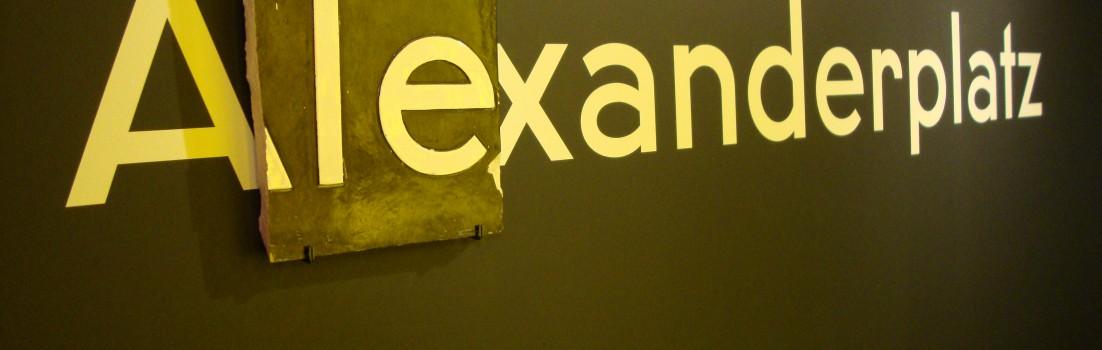 Alexanderplatz Schriftzug
