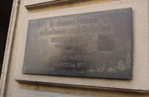 Schild_Brecht-Haus